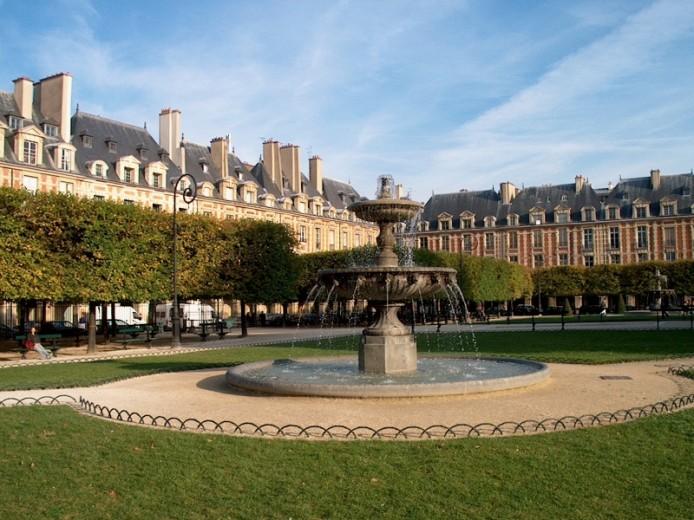 Le Marais and Place des Vosges